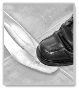descriptive essay dance shoes Ideas for descriptive essay descriptive essays may be difficult when you don't have any idea what to write about if you are in search of the topic that would be worth exploring, pay attention to the little prompts presented for you in this article.