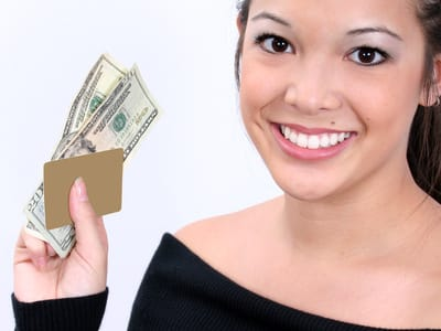 7 Worst Things to Do with a Credit Card in College